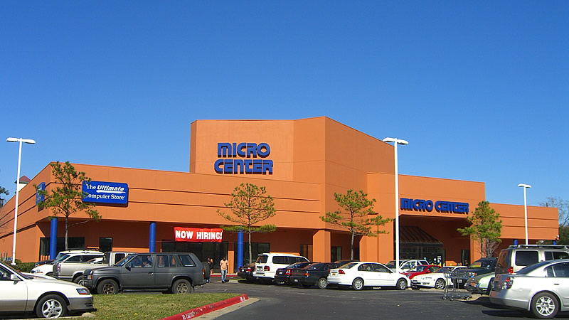 A Micro Center store viewed from the parking lot